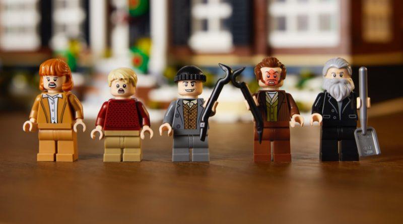 LEGO Ideas 21330 Home Alone featured 5