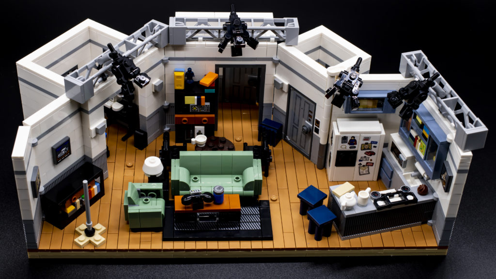 LEGO Ideas 21338 Seinfeld 10