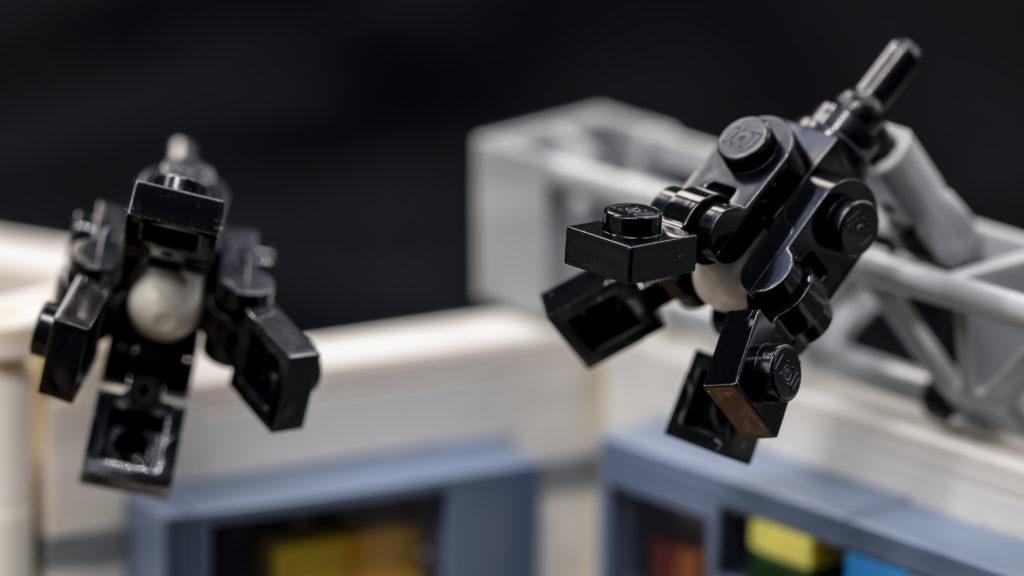 LEGO Ideas 21338 Seinfeld 17
