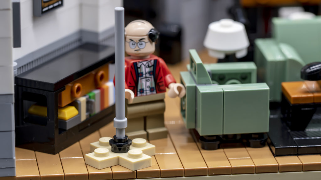 LEGO Ideas 21338 Seinfeld 19
