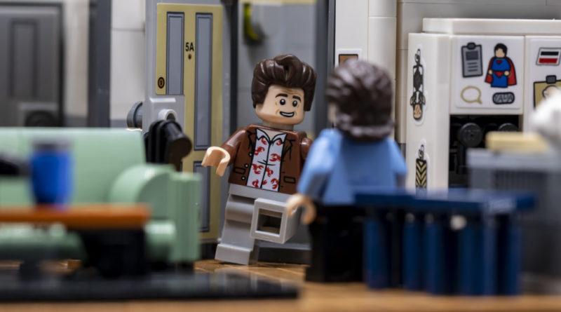 LEGO Ideas 21338 Seinfeld 29