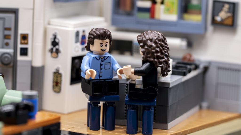 LEGO Ideas 21338 Seinfeld 30