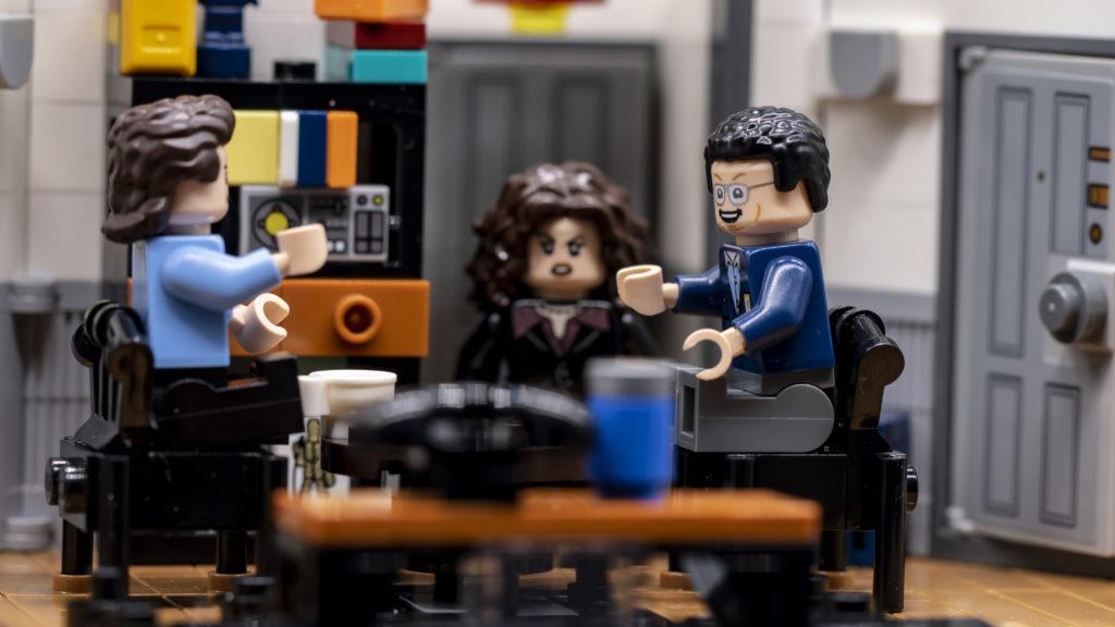 LEGO Ideas 21338 Seinfeld 44