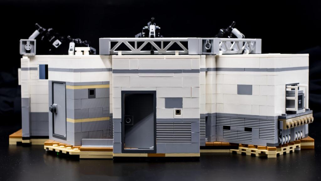 LEGO Ideas 21338 Seinfeld 7