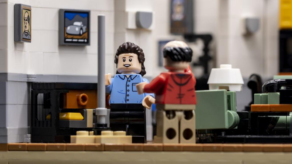 LEGO Ideas 21338 Seinfeld ათეულში 5