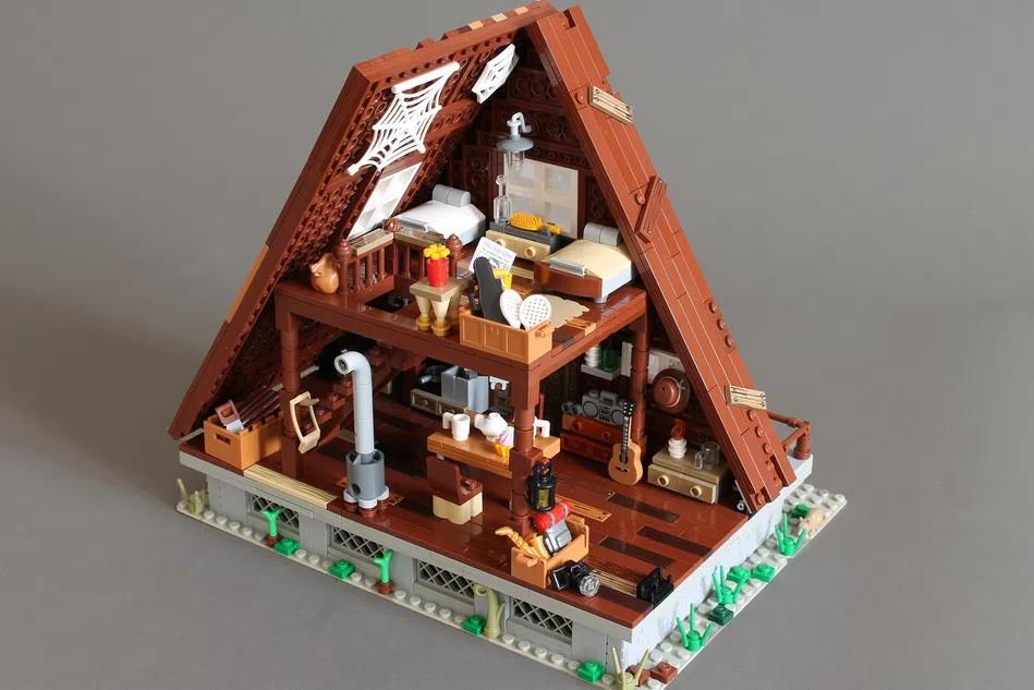 LEGO Ideas A frame cabin interior