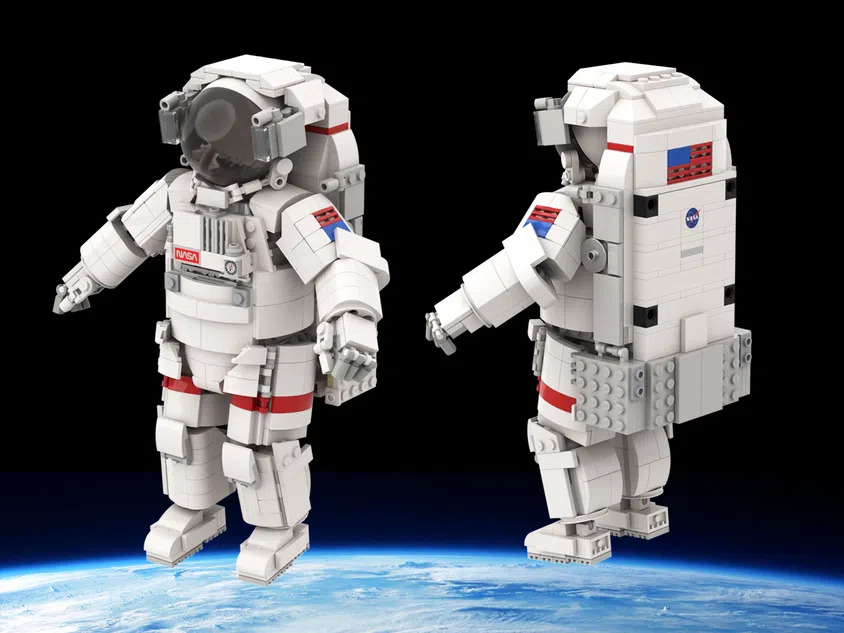 LEGO Ideas Astronaut