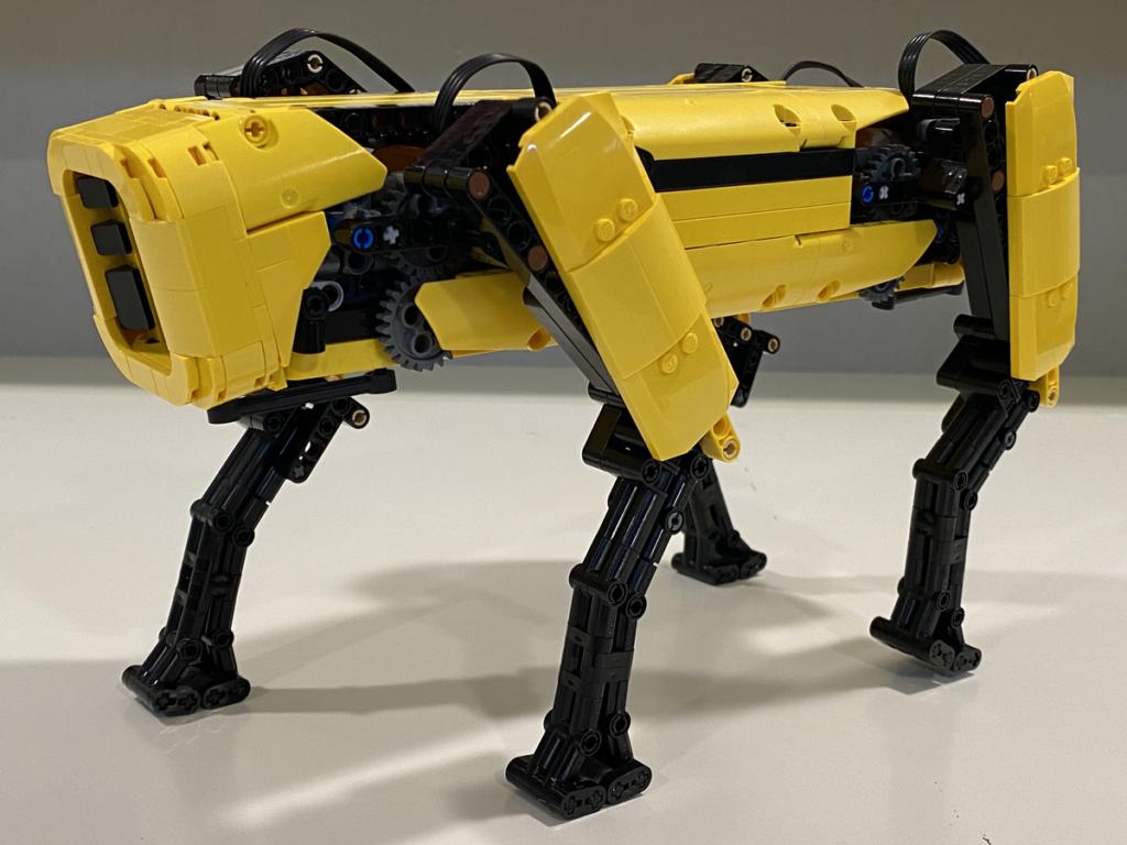 LEGO Ideas Boston Dynamics Spot 2