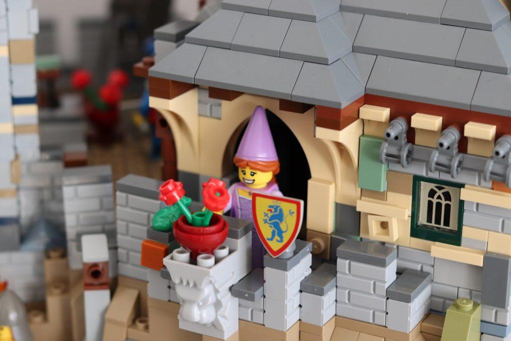 LEGO Ideas Classic Castle 3