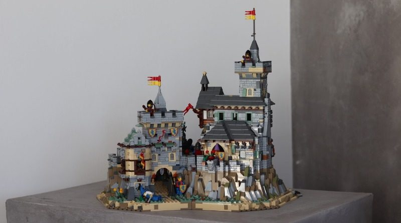 LEGO Ideas Classic Castle Featured 800x445