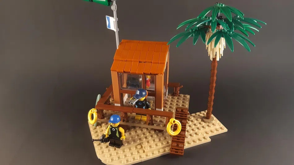 LEGO Ideas Lifeguard Shack