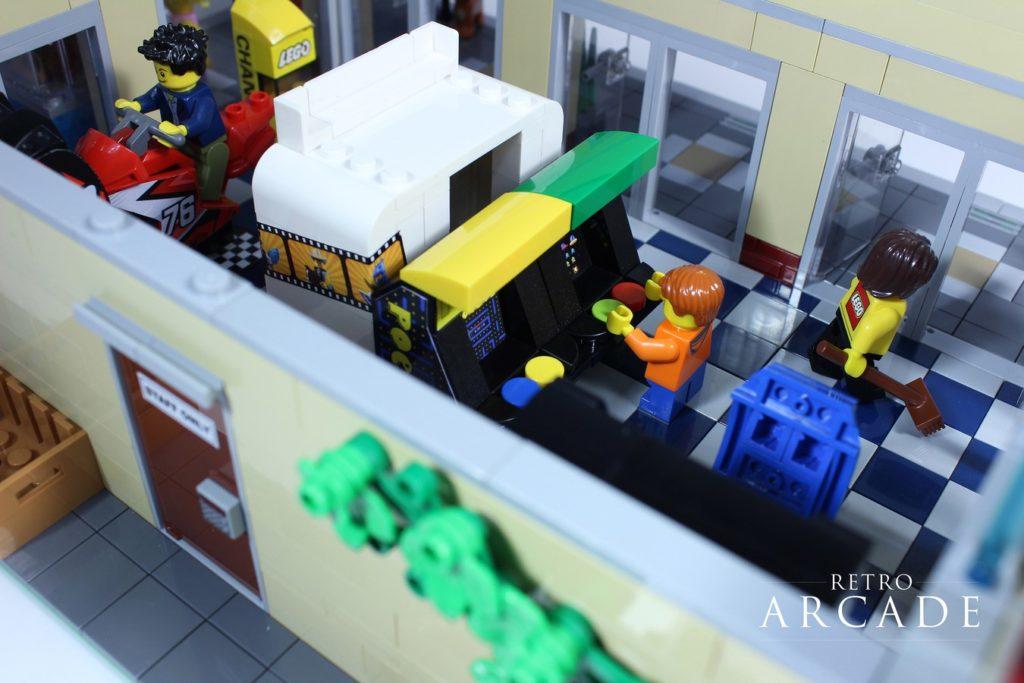 LEGO Ideas Retro Arcade 5