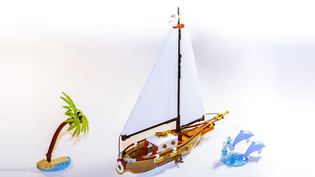 LEGO Ideas Sailing Ship Adventure 1