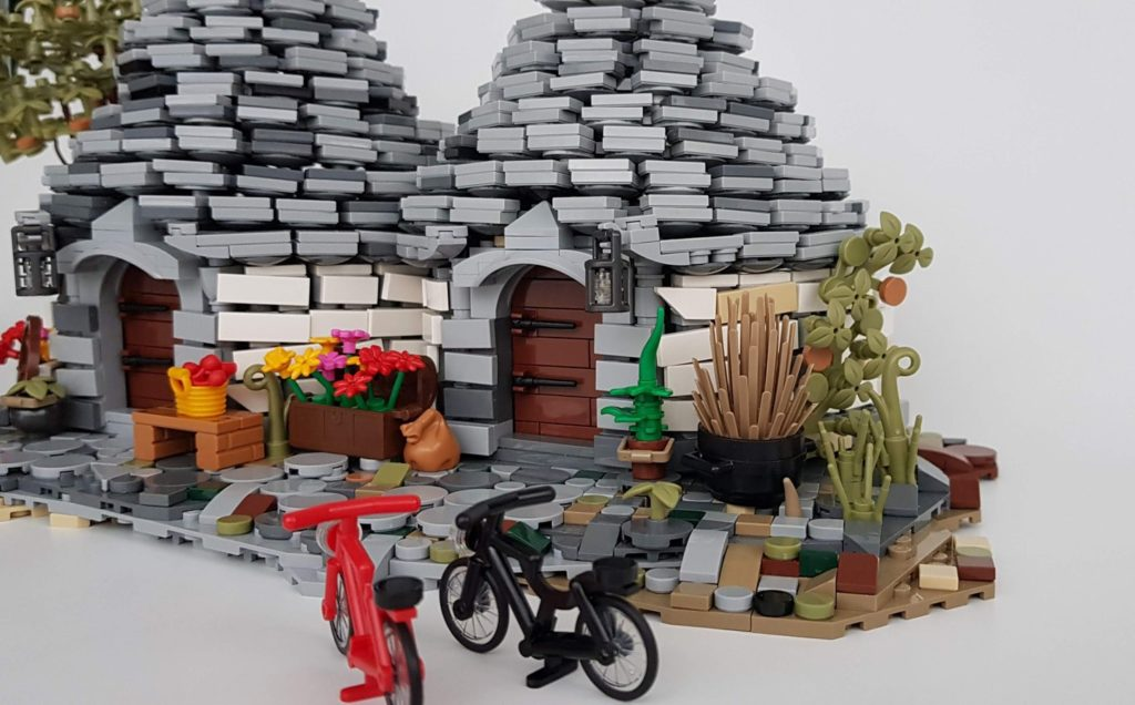 LEGO Ideas THE TRULLI OF ALBEROBELLO 2