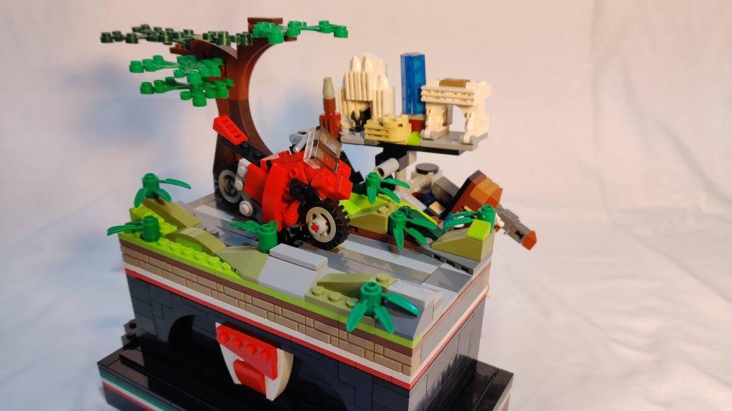 LEGO Ideas Ultimate Tour 1