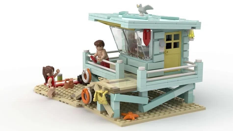 LEGO Ideas Lifeguard Shack Back