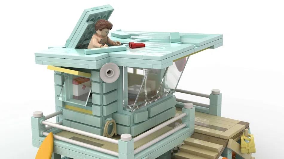 LEGO Ideas Lifeguard Shack Open 2