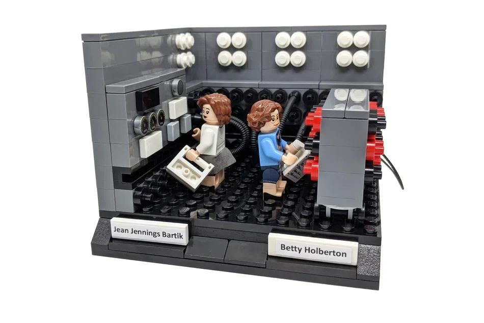 LEGO Ideas women of computing 3