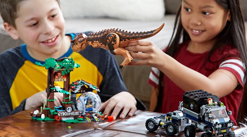 LEGO Jurassic World 75929 Carnotaurus Gyrosphere Escape Lifestyle Featured
