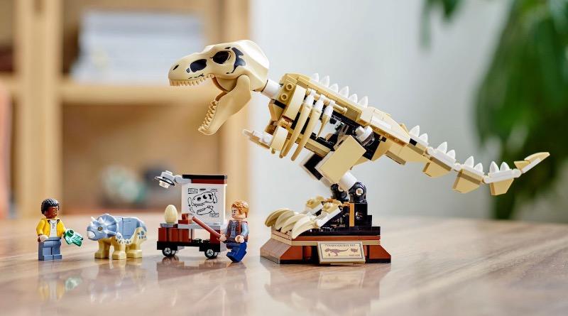 LEGO Jurassic World 76940 T. Rex Dinosaur Fossil Exhibition Featured