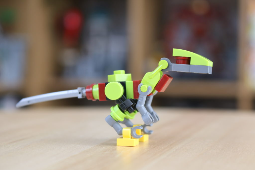 LEGO Jurassic World Robo Raptor Build 1
