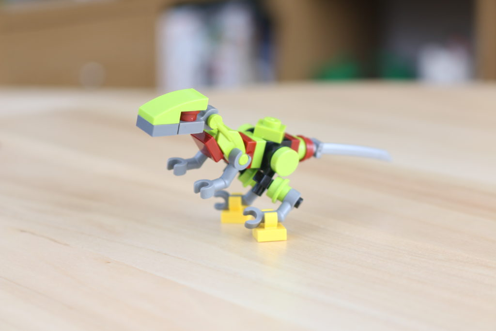 LEGO Jurassic World Robo Raptor Build 3
