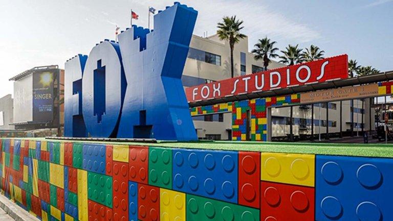 LEGO MASTERS USA Fox Lot 2