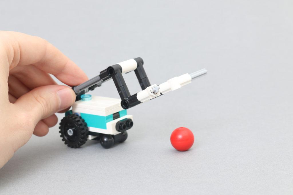 LEGO MINDSTORMS 40413 Mini Robots Review 10