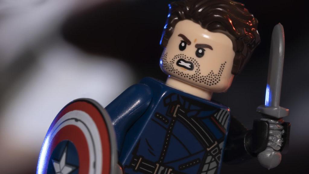 LEGO Marvel 71031 Marvel Studios Winter Soldier action shot 1