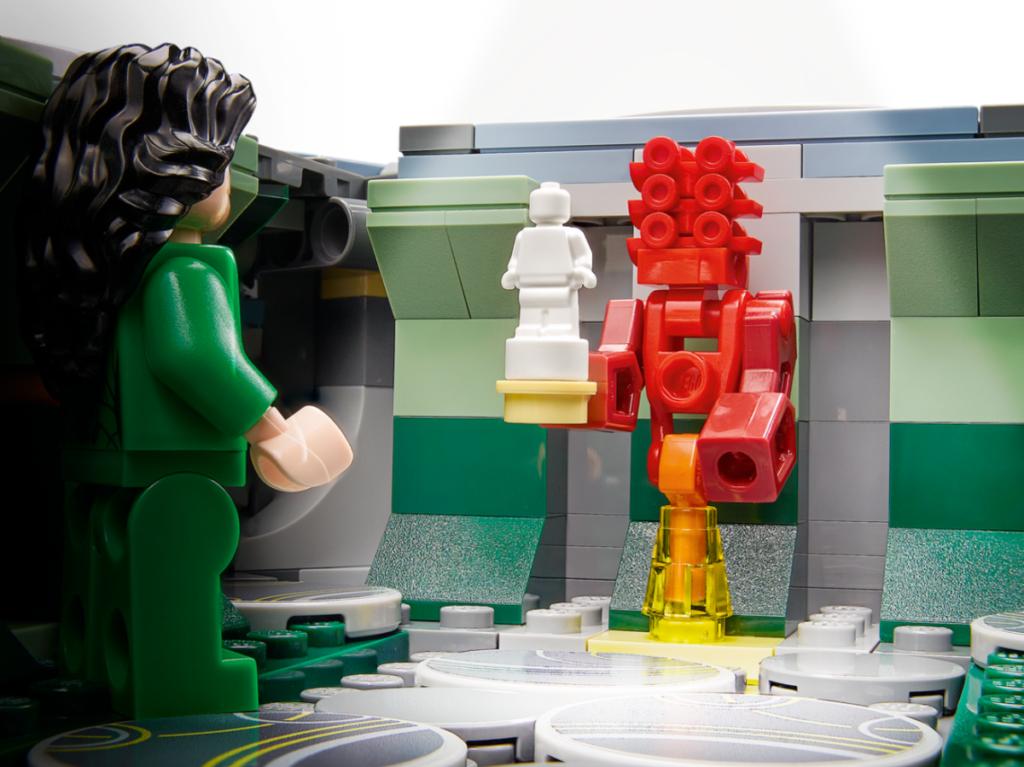 LEGO Marvel 76156 Rise of the Domo Arishem Statue