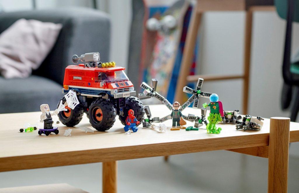 LEGO Marvel 76174 Spider Mans Monster Truck Vs. Mysterio