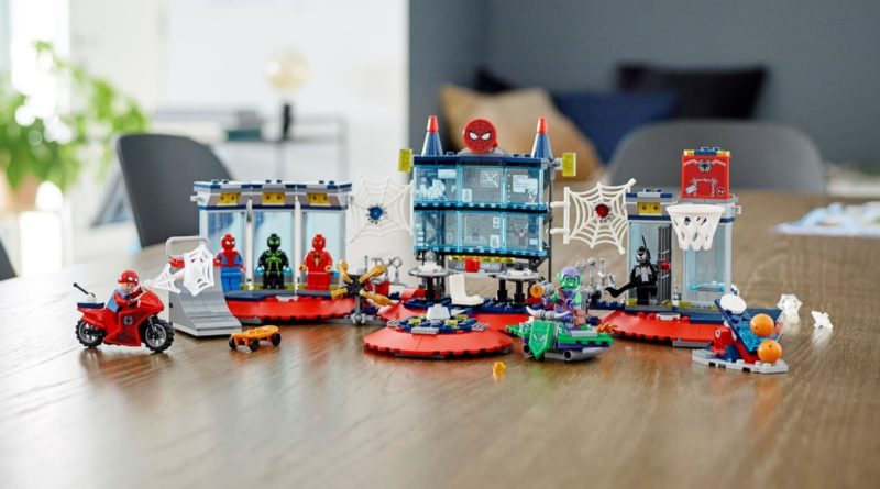 LEGO Marvel 76175 Attack on the Spider Lair featured 1
