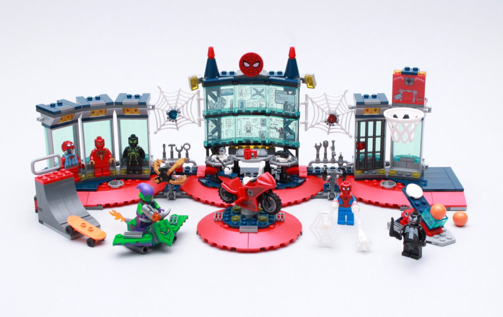 LEGO Marvel 76175 Attack On The Spider Lair Review 1