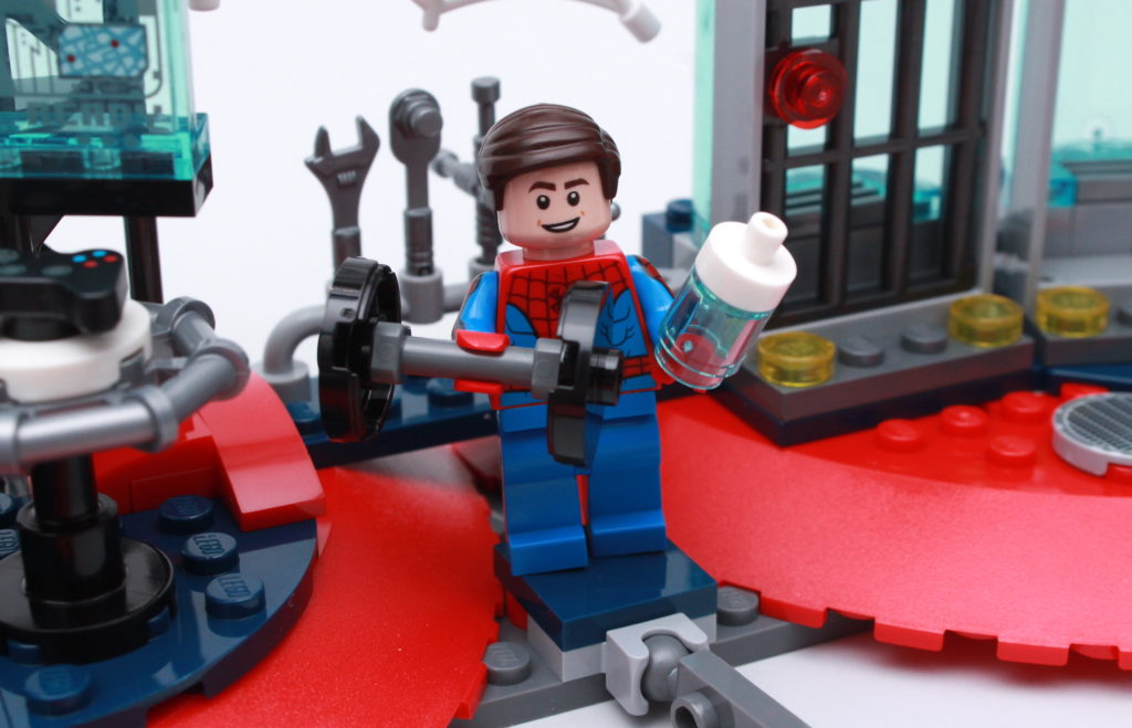 LEGO Marvel 76175 Attack On The Spider Lair Review 10