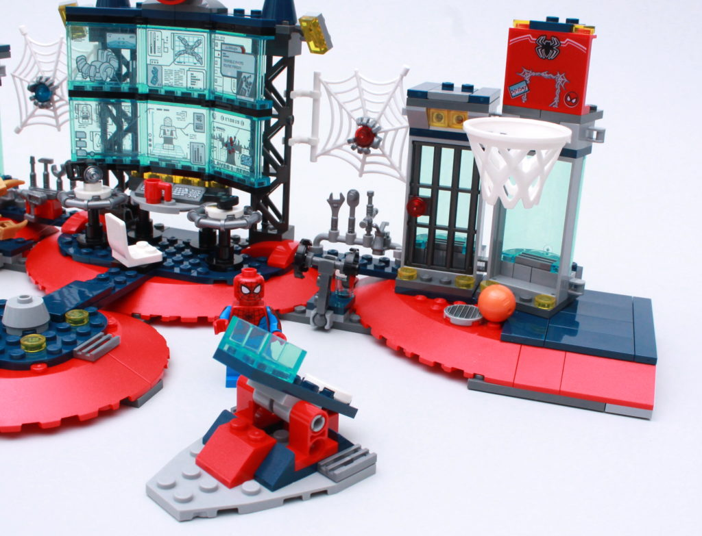 LEGO Marvel 76175 Attack On The Spider Lair Review 12
