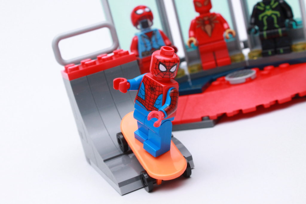 LEGO Marvel 76175 Attack On The Spider Lair Review 13
