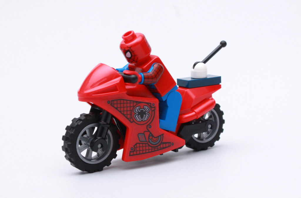 LEGO Marvel 76175 Attack On The Spider Lair Review 19