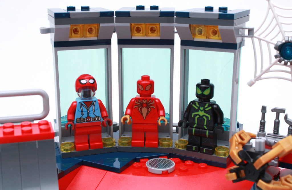 LEGO Marvel 76175 Attack On The Spider Lair Review 4