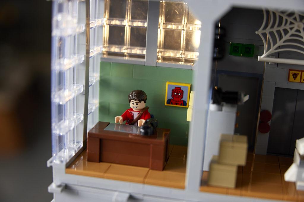 LEGO Marvel 76178 Daily Bugle 29