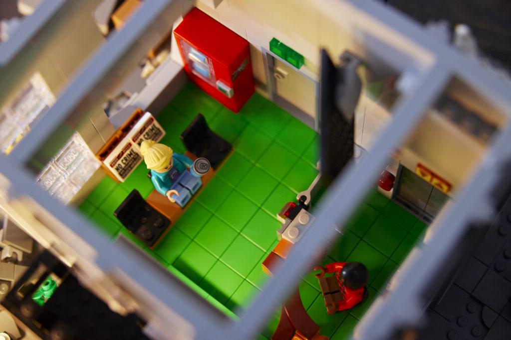 LEGO Marvel 76178 Daily Bugle 31