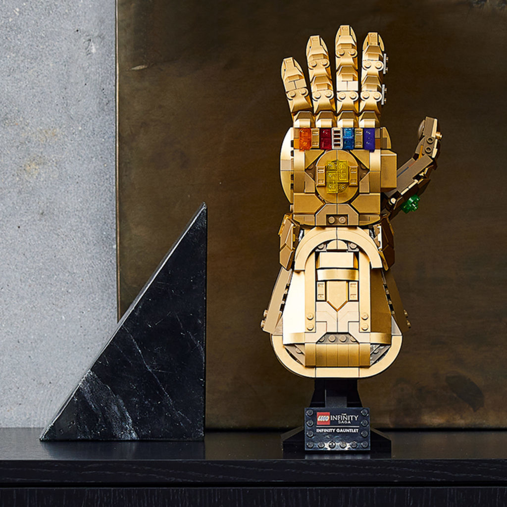 LEGO Marvel 76191 Infinity Gauntlet Lifestyle 3 1024x1024