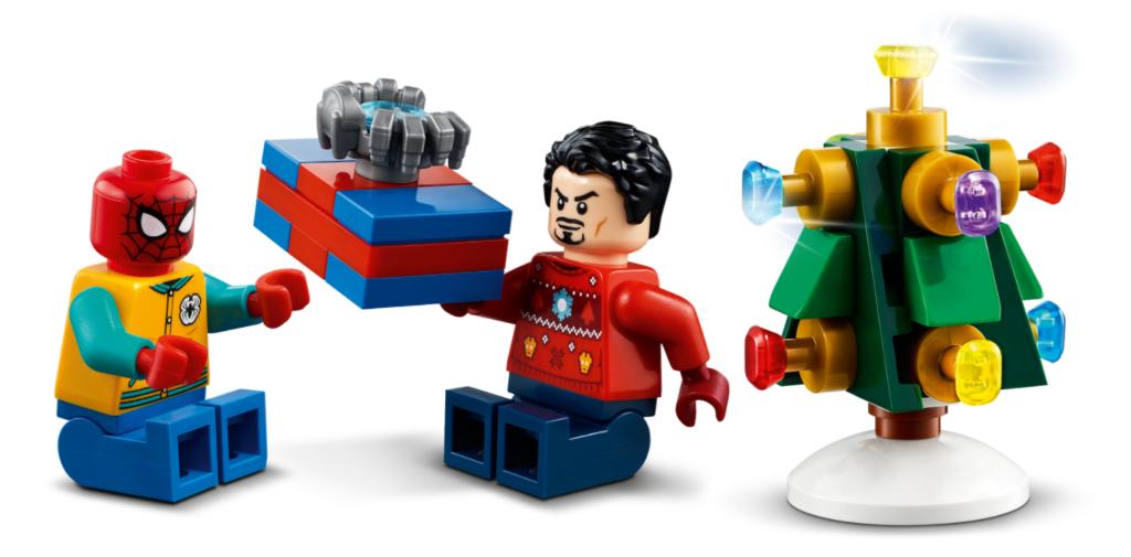 LEGO Marvel 76196 The Avengers Advent Calendar action shot