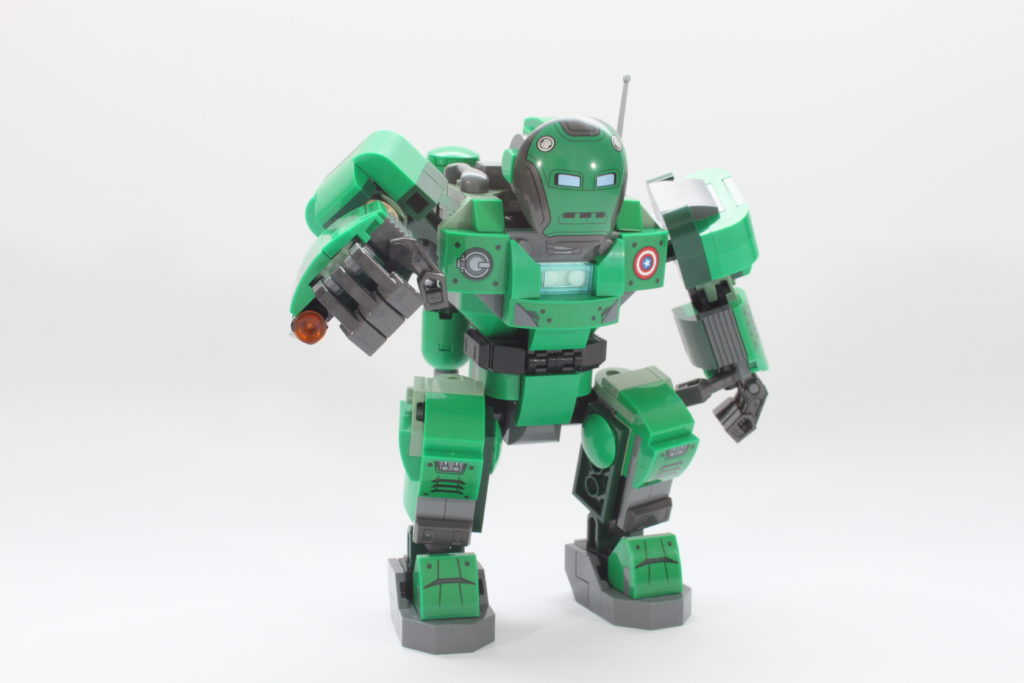 LEGO Marvel 76201 Captain Carter and the Hydra Stomper review pose 2