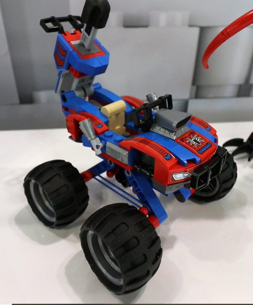 LEGO Marvel Spider Man 76151 Venomosaurus Ambush 4