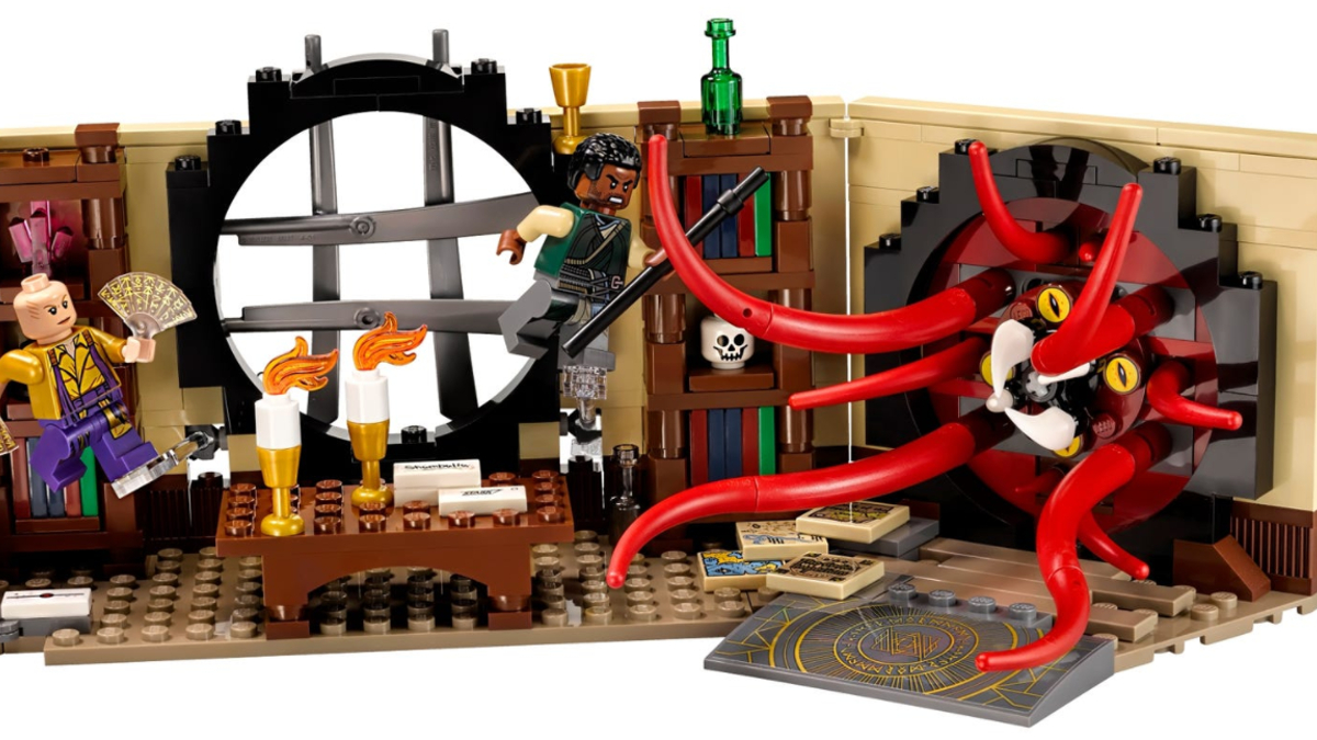 LEGO Marvel What If 76060 Doctor Stranges Sanctum Sanctorum Action Shot Featured