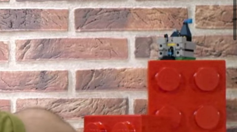 LEGO Medieval Blacksmith GWP Tease Featured
