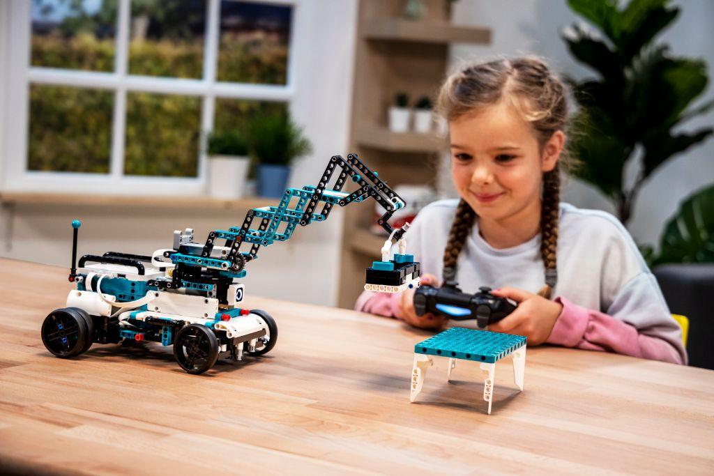 LEGO Mindstorms 51515 Robot Inventor 11