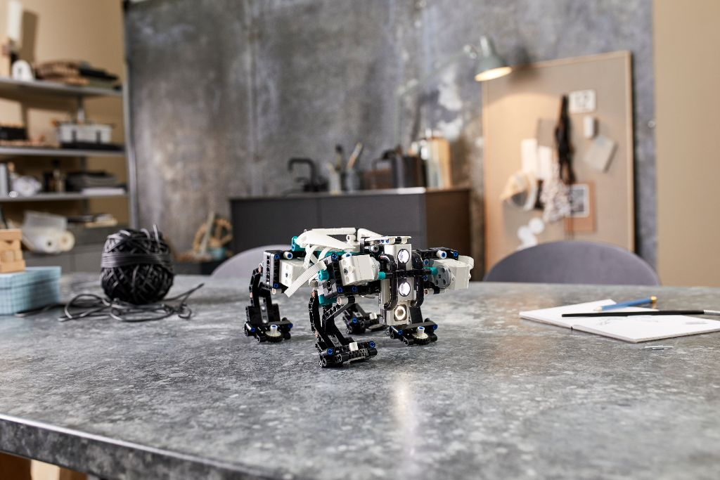 LEGO Mindstorms 51515 Robot Inventor 19
