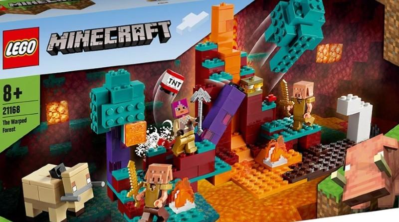 LEGO Minecraft 21168 Featured
