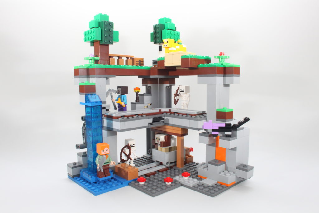 LEGO Minecraft 21169 The First Adventure Review 14 1